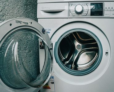 3 Simple steps for cleaning a washing machine