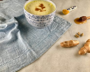 What are the benefits of water with ginger?