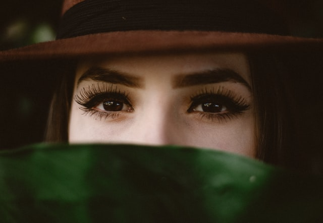 5 tips for beautiful long lashes