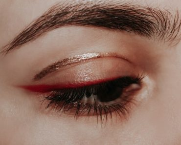 7 tricks apply mascara perfectly