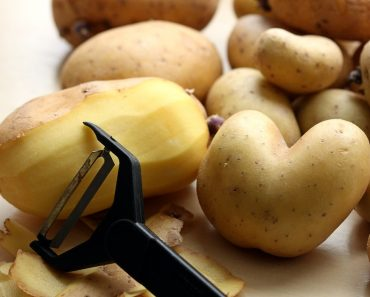 Have You Ever Made Potato Peel Delicious Snack? Try Now