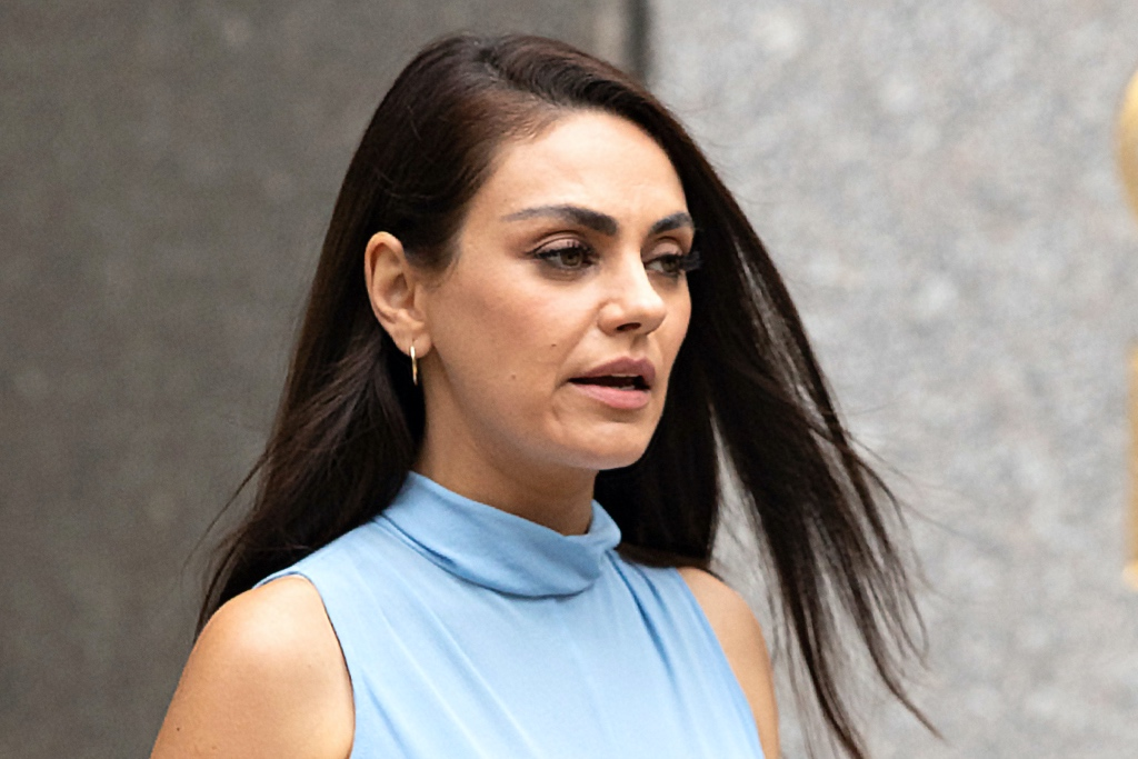 Mila Kunis 10 hottest female celebrities